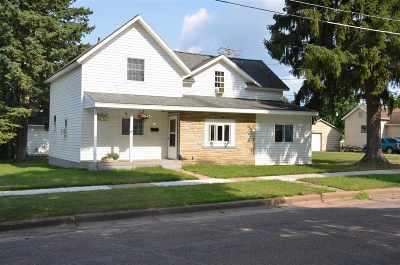 Merrill Single Family Home For Sale: 309 Blaine Street