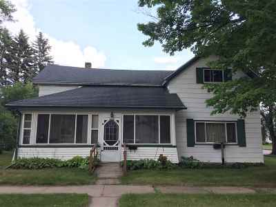 Merrill Single Family Home Active - With Offer: 1500 E 1st Street