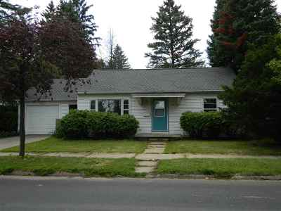 Wausau Single Family Home Active - With Offer: 713 West Street