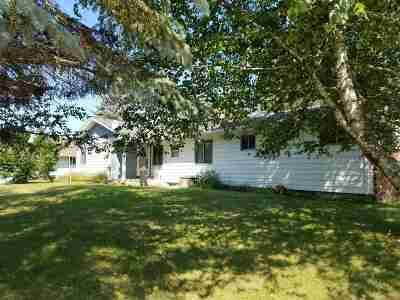 Merrill Single Family Home For Sale: 501 E Riverside Avenue