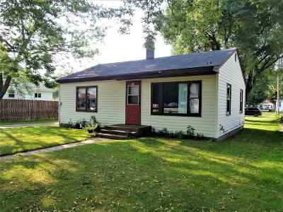 Mosinee Single Family Home Active - With Offer: 920 Western Avenue