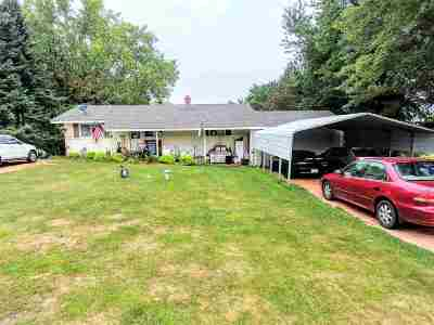 Mosinee Single Family Home Active - With Offer: 1376 Lakehurst Road