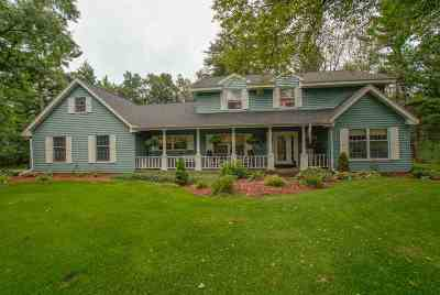 Wisconsin Rapids Single Family Home Active - With Offer: 4520 Brookhaven Trace