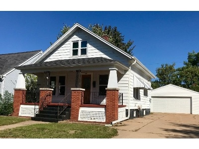 Wausau WI Single Family Home Active - With Offer: $84,900