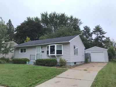 Wausau WI Single Family Home For Sale: $95,900
