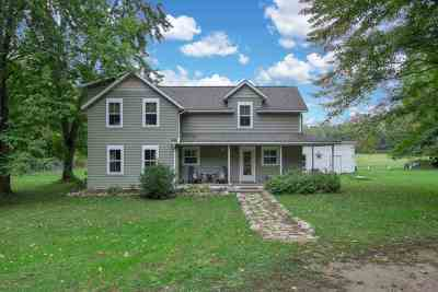 Iola Single Family Home Active - With Offer: E850 Anderson Road