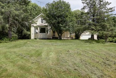 Medford WI Single Family Home For Sale: $159,000