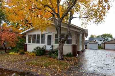 Wausau Single Family Home Active - With Offer: 1914 Fairmount Street