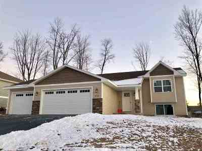 Wausau WI Single Family Home For Sale: $219,900