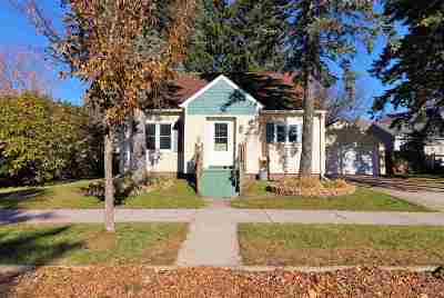 Wausau Single Family Home Active - With Offer: 624 E Union Avenue