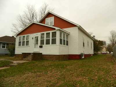 Wausau Single Family Home Active - With Offer: 1120 S 3rd Avenue