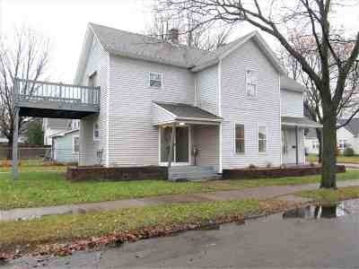 Wausau Single Family Home For Sale: 136 Ross Avenue