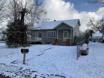 Wausau Single Family Home For Sale: 805 S 22nd Avenue