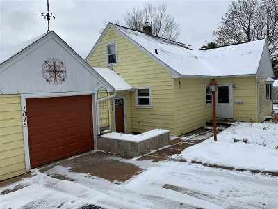 Wausau Single Family Home Active - With Offer: 1015 Callon Street