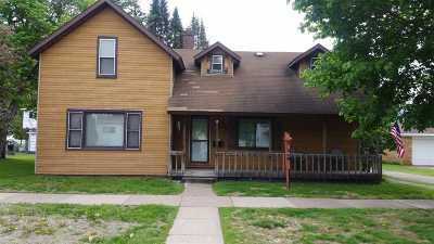 Merrill Single Family Home For Sale: 307 N Van Rensselaer Street