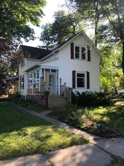 Stevens Point Single Family Home For Sale: 701 Fifth Avenue