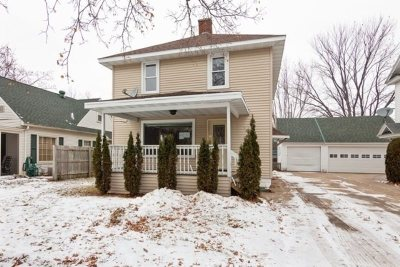Wausau Single Family Home For Auction: 158 Eau Claire Boulevard