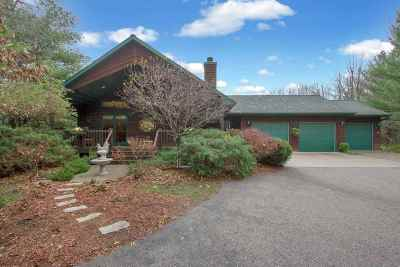 Amherst Single Family Home Active - With Offer: 9515 Sumac Circle