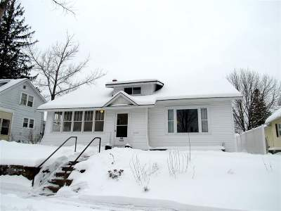 Merrill Single Family Home Active - With Offer: 408 East Street