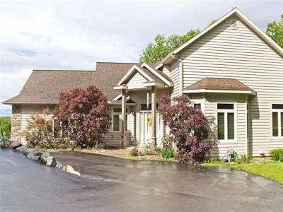 Wausau Condo/Townhouse For Sale: 3906 Kingbird Avenue
