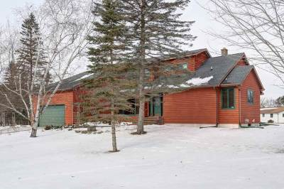 Mosinee Single Family Home Active - With Offer: 982 W River Road