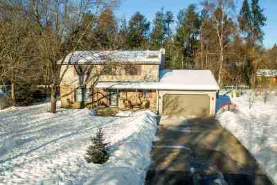 Stevens Point Single Family Home Active - With Offer: 2808 Pine Ridge Court