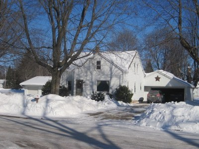 Rudolph Single Family Home Active - With Offer: 6966 Grotto Avenue