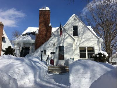 Wausau Single Family Home Active - With Offer: 1113 N 1st Avenue