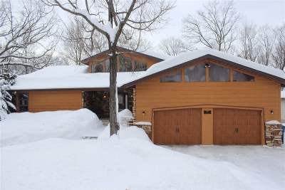 Wausau Single Family Home Active - With Offer: 4004 Hillside Lane