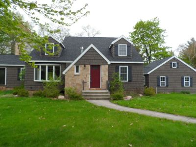 Wisconsin Rapids Single Family Home Active - With Offer: 130 Shore Acres Drive