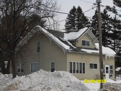 Mosinee Multi Family Home Active - With Offer: 919 919 1/2 Western Avenue