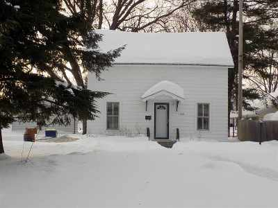 Wausau Single Family Home Active - With Offer: 1126 S 7th Avenue