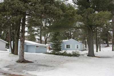 Wausau Single Family Home Active - With Offer: 1635 N 3rd Avenue