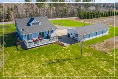 Wausau WI Single Family Home For Sale: $289,900