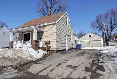 Wausau Single Family Home Active - With Offer: 226 Myron Street
