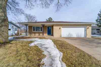 Wausau Single Family Home Active - With Offer: 1737 Cherry Street