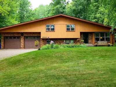 Wausau Single Family Home Active - With Offer: 3842 Woodland Ridge Road