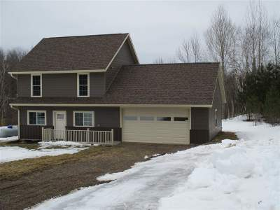 Medford WI Single Family Home Active - With Offer: $219,900