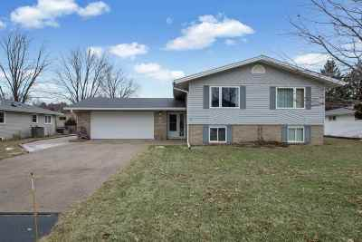 Stevens Point Single Family Home Active - With Offer: 3716 Lorraine Street