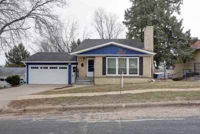 Wausau Single Family Home Active - With Offer: 207 Reservoir Avenue