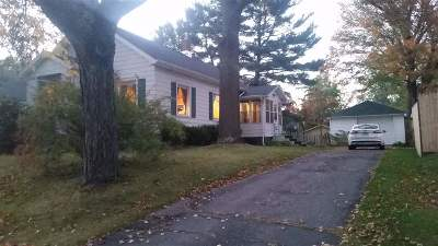 Stevens Point Single Family Home Active - With Offer: 464 W Wilson Avenue