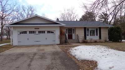 Almond Single Family Home Active - With Offer: 207 Webster Street