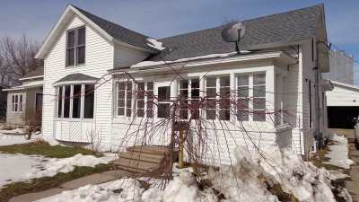 Stevens Point Single Family Home For Sale: 2183 Strongs Avenue