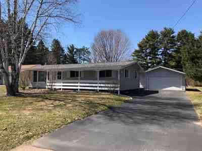 Wausau WI Single Family Home For Sale: $159,900