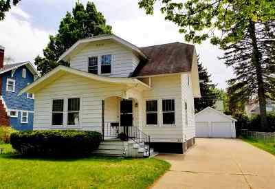 Wausau WI Single Family Home For Sale: $150,000