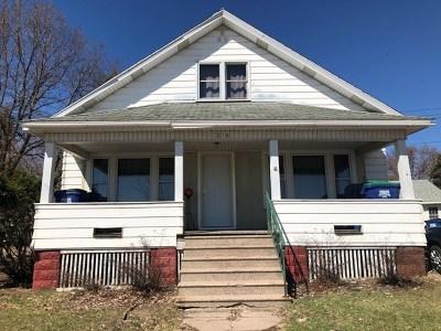 Wausau Single Family Home For Sale: 216 N 1st Avenue