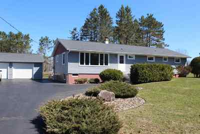 Merrill Single Family Home Active - With Offer: W5124 Hillside Drive
