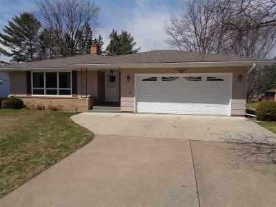Medford WI Single Family Home Active - With Offer: $117,000
