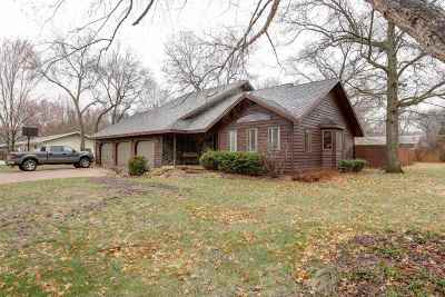 Mosinee Single Family Home Active - With Offer: 601 15th Street