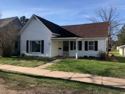 Merrill Single Family Home For Sale: 1802 W 1st Street